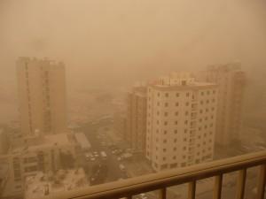 Sand_storm_in_Salmiya,_Kuwait